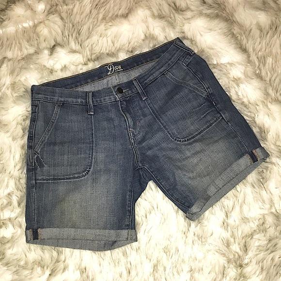 🔌3/$15!!🔌 Old Navy denim shorts